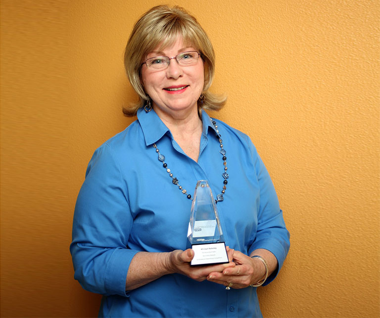 WSI Smart Marketing's Director of Production, Judy Kelly, Wins Internet Advertising Competition (IAC) Award